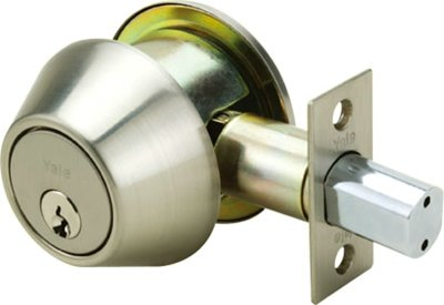 8211 - Yale 8200 Series Medium Duty Deadbolt (Cylinder and Thumbturn)