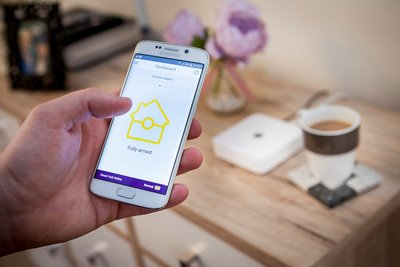 SR Smart Home Alarm Sistemleri