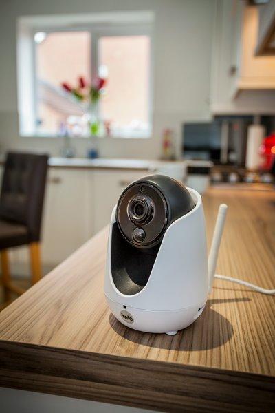 Kaydırma, Eğme ve Yakınlaştırma Özellikli Home View IP Kamera